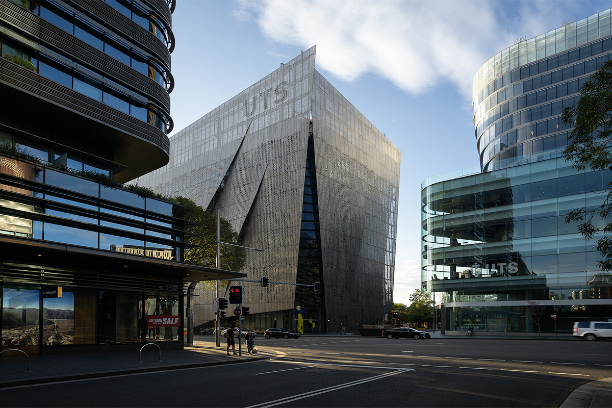 Faculty of Engineering & Information Technology Building, UTS Sydney | Architect: Denton Corker Marshall, DCM | Delivered by Lend Lease | Fairview Architectural | Arup